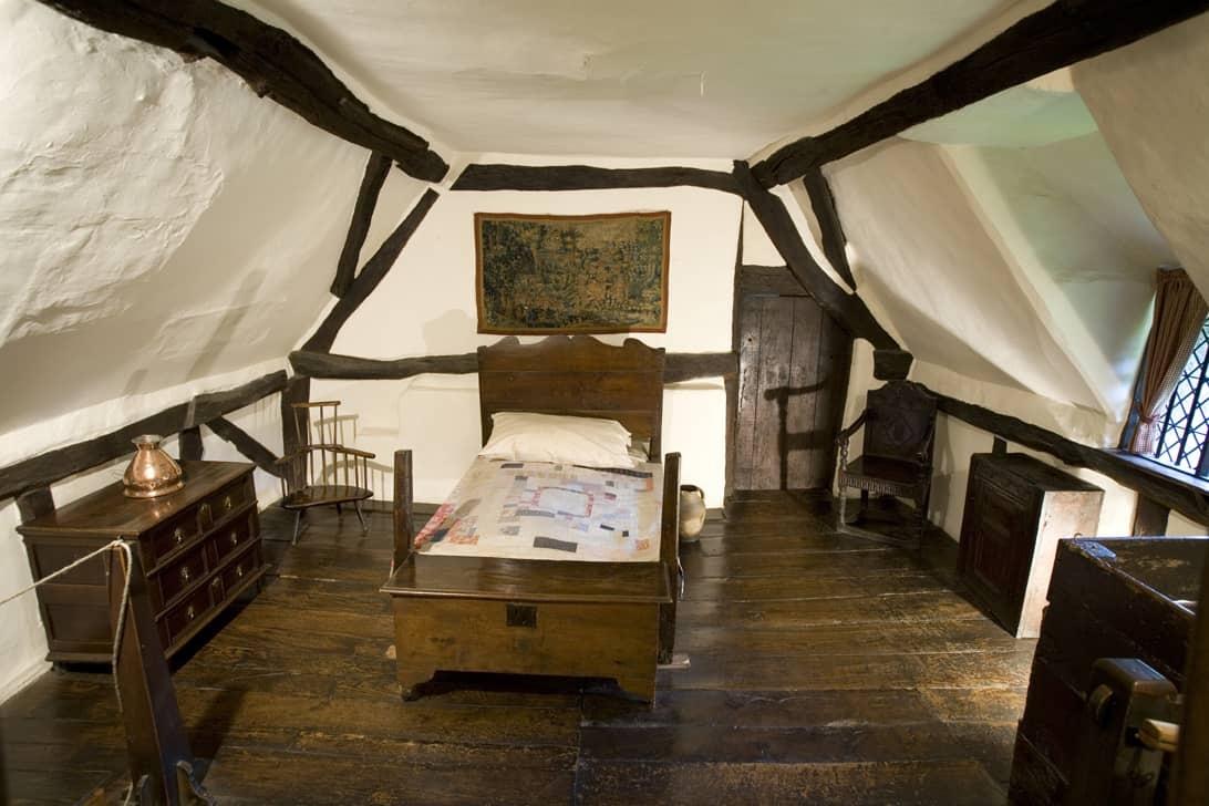 Anne Hathaway Cottage, interior